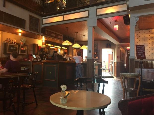 Cardinal Tea room